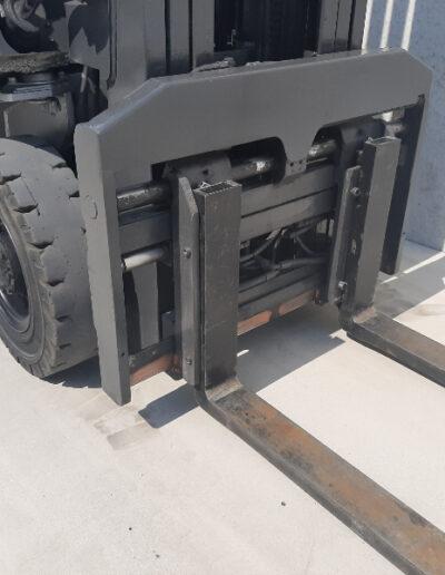 2,5 Ton tweedehands diesel heftruck - vorkenbord