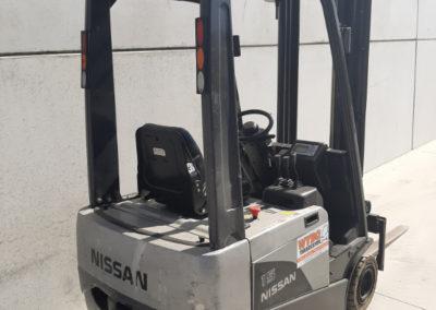 Nissan 1,5 ton tweedehands heftruck - achterkant