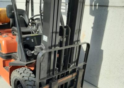Nissan 2,5 ton tweedehands heftruck - mast
