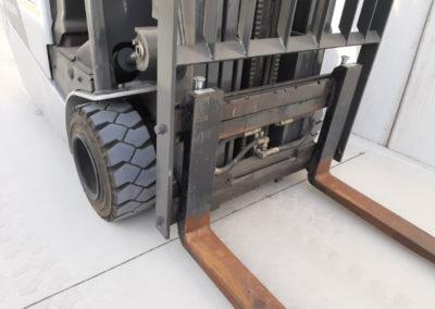 Nissan 2 ton tweedehands heftruck - vorkenbord