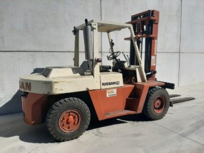 Nissan 7 ton tweedehands heftruck - zijkant