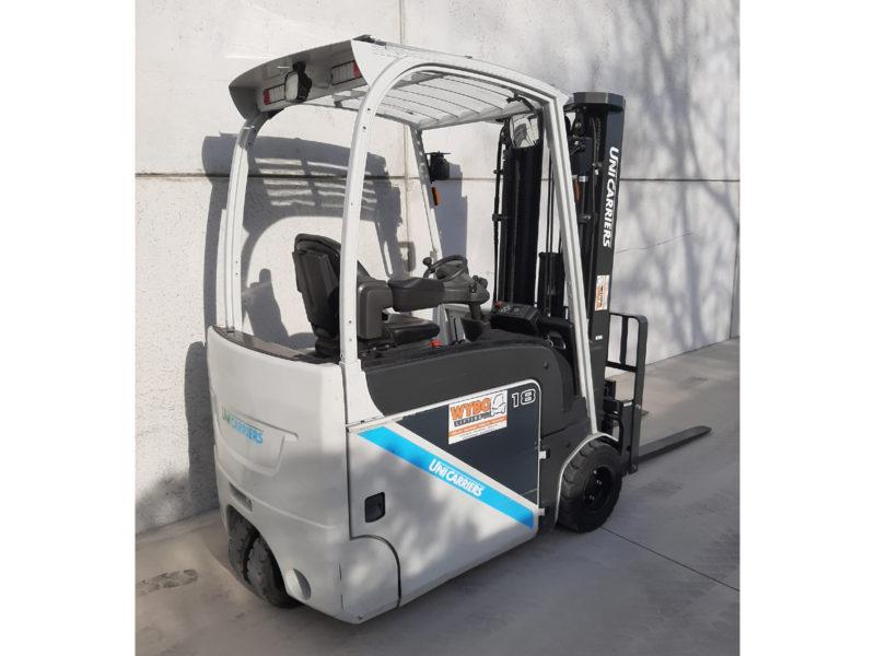 UniCarriers 1,8 ton tweedehands elektrische heftruck - zijkant