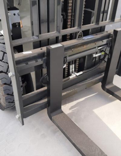 UniCarriers 2,5 ton heftruck - vorkenbord