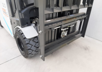 UniCarriers 2 ton heftruck - vorkenbord