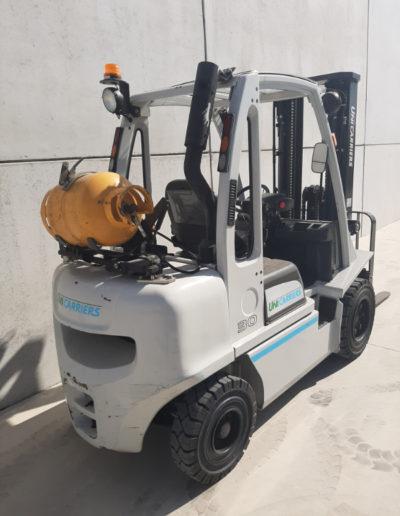UniCarriers 3 ton tweedehands heftruck - achterkant