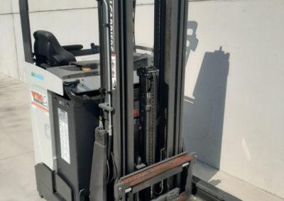 1,4 ton tweedehands reachtruck - mast
