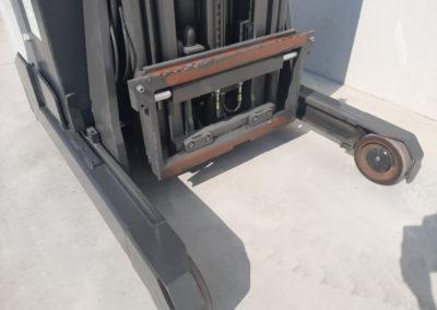 1,4 ton tweedehands reachtruck - vorkenbord