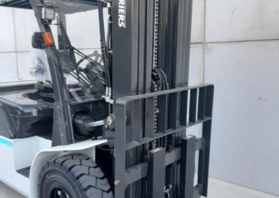 5 ton heftruck - mast