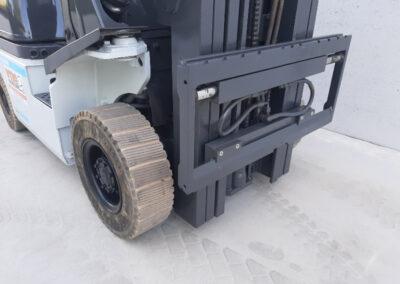 1,5 ton 2dehands LPG heftruck - vorkenbord
