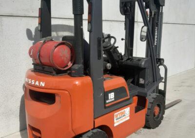 Nissan 1,8 Ton tweedehands LPG heftruck - achterkant