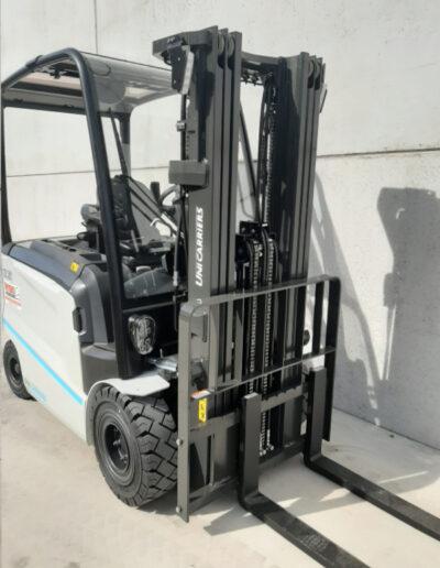 UniCarriers 2,5 Ton nieuwe elektrische heftruck - mast