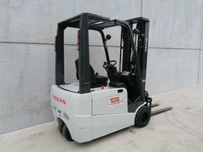 1,6 ton tweedehands elektrische heftruck - zijkant