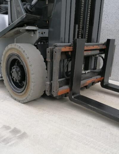 Nissan 2,5 Ton tweedehands LPG heftruck - voorbouw