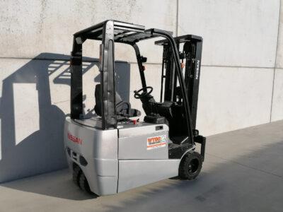 1,8 Ton 2dehands elektrische heftruck - zijkant
