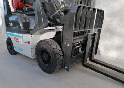 1,8 Ton nieuwe LPG heftruck UniCarriers - voorbouw