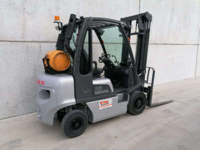 2,5 Ton tweedehands LPG heftruck - vorkenbord ( sideshift )