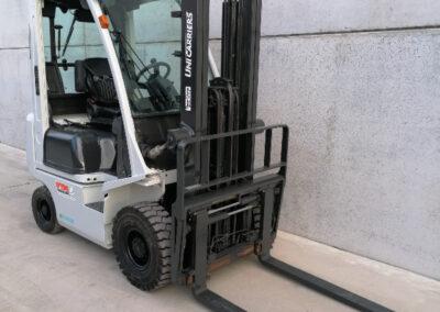 UniCarriers 1,8 Ton Diesel 2dehands heftruck - mast