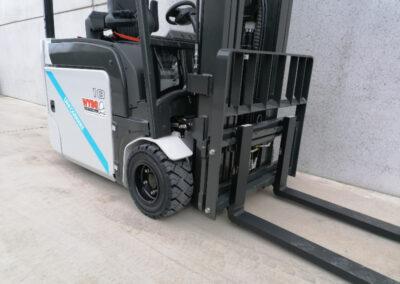 UniCarriers 1,8 Ton nieuwe elektrische 3 wiel heftruck - voorbouw