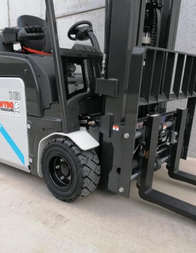 UniCarriers 1,8 Ton nieuwe elektrische heftruck - voorbouw