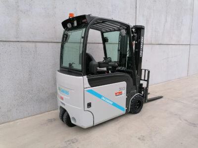 UniCarriers 2 Ton nieuwe elektrische heftruck - zijkant