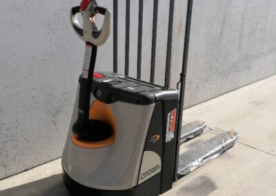 Crown 2 ton elektrische transpallet - achterkant