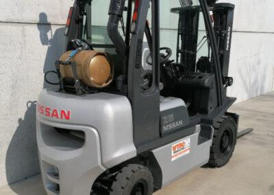 Nissan 2,5 ton lpg heftruck - achterkant