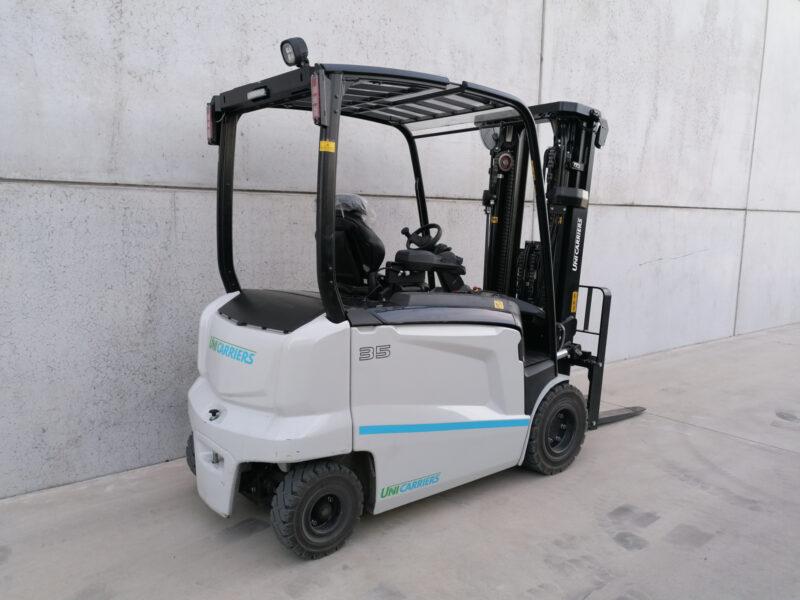 UniCarriers 3,5 ton nieuwe elektrische heftruck - zijkant
