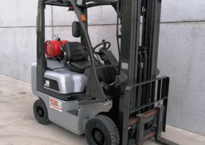 Nissan 1,8 ton 2de hands LPG heftruck - mast