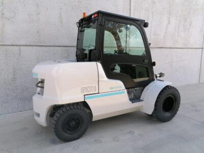 UniCarriers 5Ton diesel heftruck - zijkant