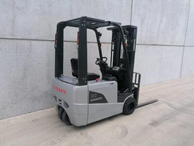 Nissan 2 ton tweedehands elektrische 3-wiel heftruck - zijkant